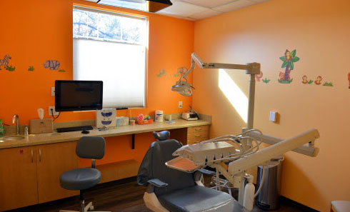 Cleaning Room - Pediatric Dentist and Orthodontics  in Chicopee, Springfield and Ludlow, MA